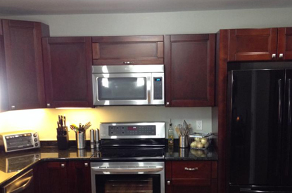 in fact white kitchen cabinet can make your home look extremely modern and classy  the pristine purity of the color is perfect to match up with any classy     buy antique white kitchen cabinets from gec cabinet depot  rh   geccabinetdepot com